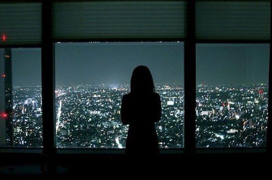 Stt thức khuya mới biết đêm dài